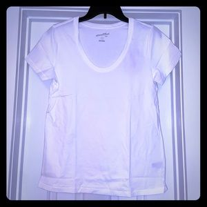 Universal Threads Brand new white T-shirt